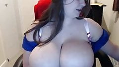 Busty Webcam Chick