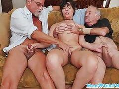 Teen amateur blowing cock in oldman trio