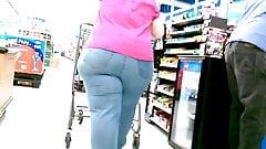 Wide BBW Brunette Runner at WalMart!