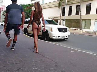 un autre cul de salope dans les rues de Hawai