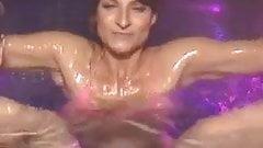 Marlene Lufen im Pool