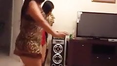 Arab teens sexy dance