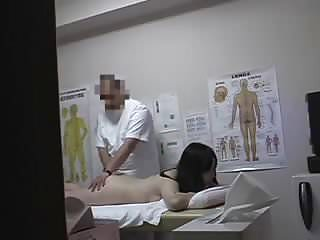 JP Clinic Massage Room 2 (censored) - 4-6