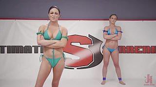 Cheyenne Jewel vs Sarah Brooke