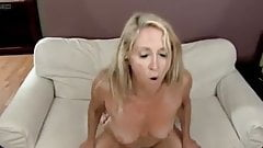 Hot Mature Beauty Loves Taking Cock