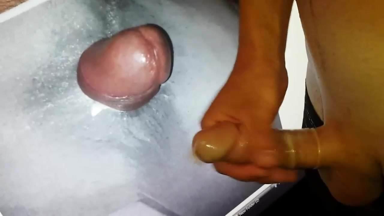 broken-condom-cumshot