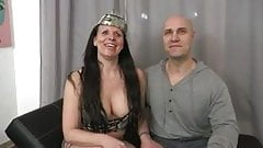 French mature Laura fucked in threesome