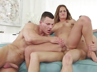 Nice Couple Bisex 2 by Flash