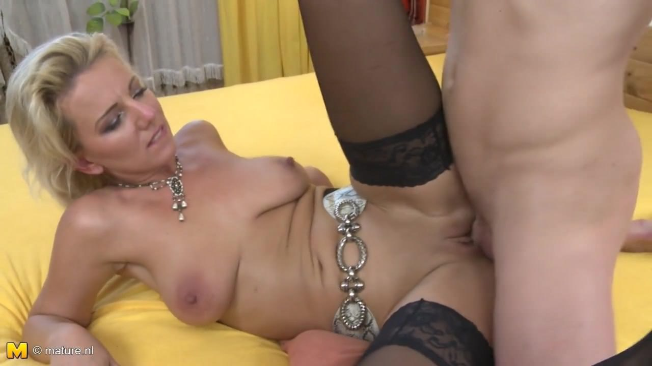 Taboo Home Sex With Sexy Mom And Young Son Free Hd Porn E2-2129