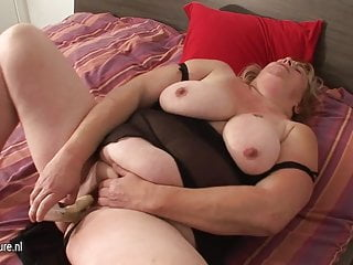 Big chunky slut mom playing with her toys