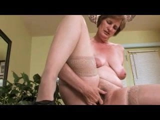 Free download & watch mature strips and fingers        porn movies
