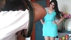 sexy mamasita en sesion de fotos mostrando su vestido sexy's Thumb