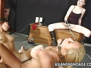 Preview 3 of Lesbian bdsm action with a hot Asian chick