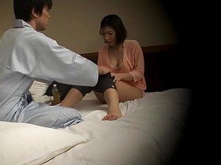 Subtitled Japanese hotel massage oral sex nanpa