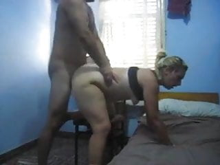 mama fode com amigo e F fica filmando