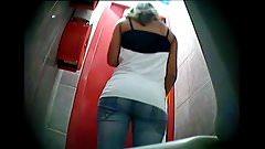 Italy Toilet 8-2