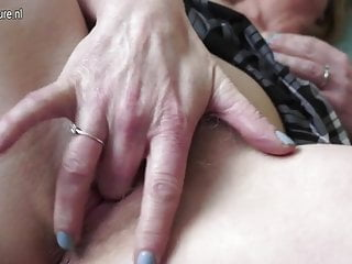 Hairy British MILF playing with herself