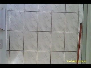 flagra no banheiro da academia