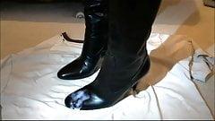 Burberry boot cum 3 HD