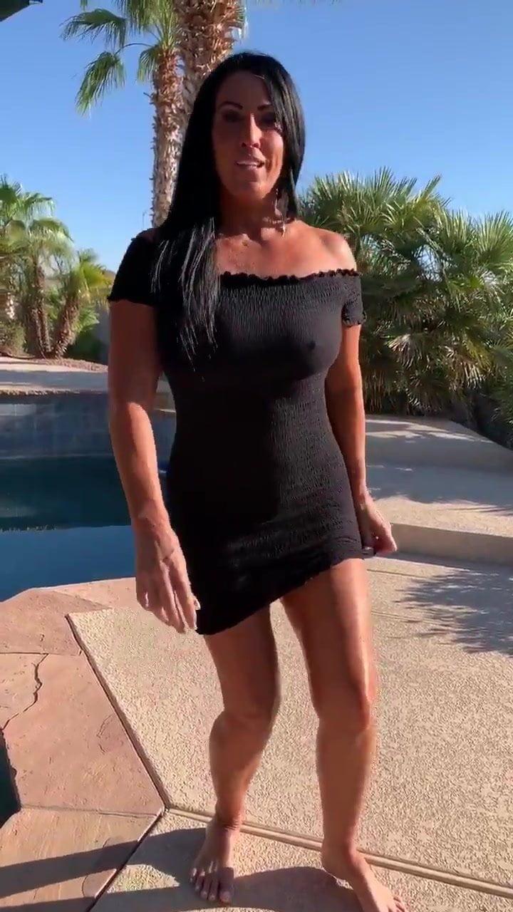 Shy sunburnt Australian gf fucks black cock & fingers pussy