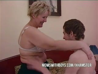 Free download & watch bbw mature mom seduces sons friend         porn movies
