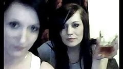 Webcam Tenåringsjenta Brutal Nye Busty FivelsdalKan