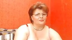 granny masturbates in private webcam