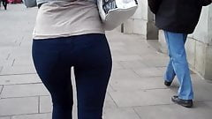 Candid Sexy Jeans Booty