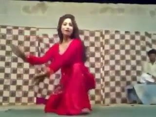 oops shalwar uter gai