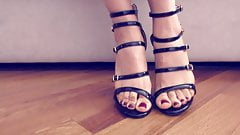 Are sandals or feet more sexy?
