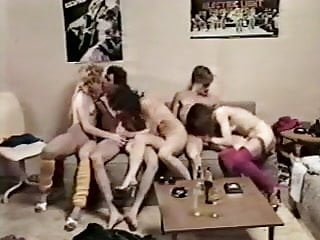 Groupies Galore (1983)