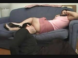 Amiteur curvey female ass gallery - Worship female ass