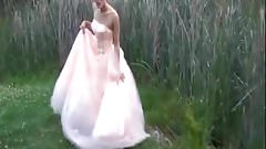 Crazy and submissive bride, Submission game in the street!!!