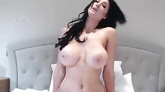 Amateur slut webcam strip masturbation