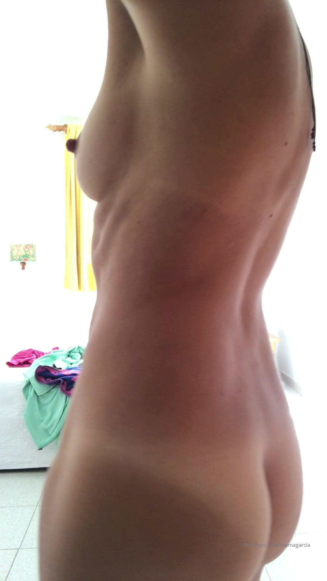 Ana Garcia Porno ana garcia starting to the week with a dance: free porn 7e