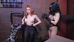 lesbian superheroie