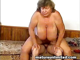 Hairy Massive Naked Mom