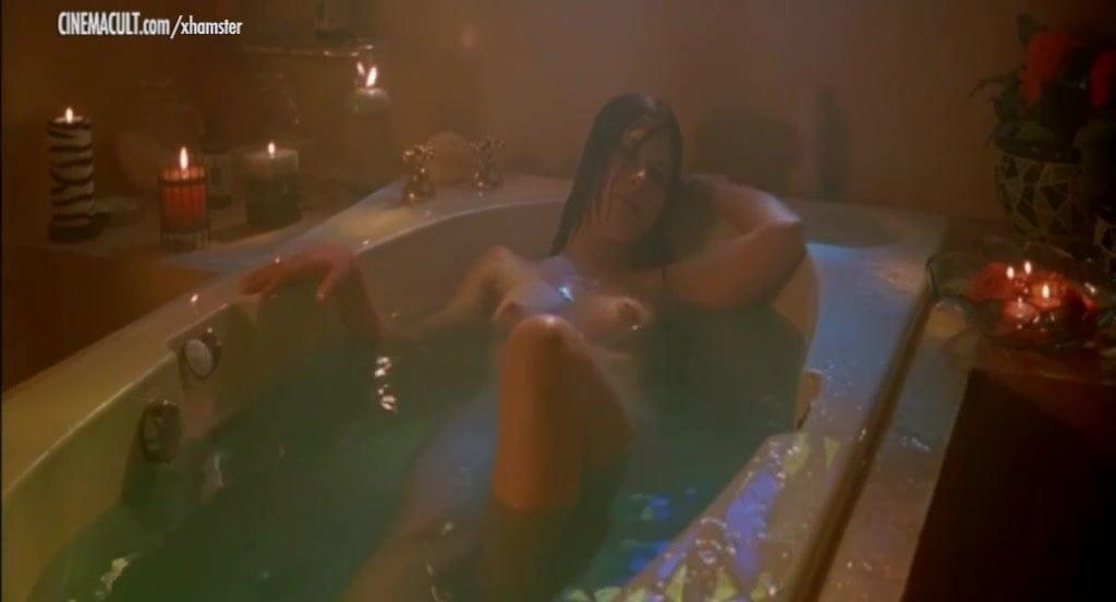 violante placido – Celebs naked in bathroom – HD