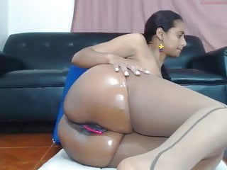 Latina Long Squirt Session