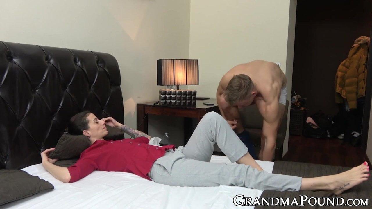 Yong porno videa