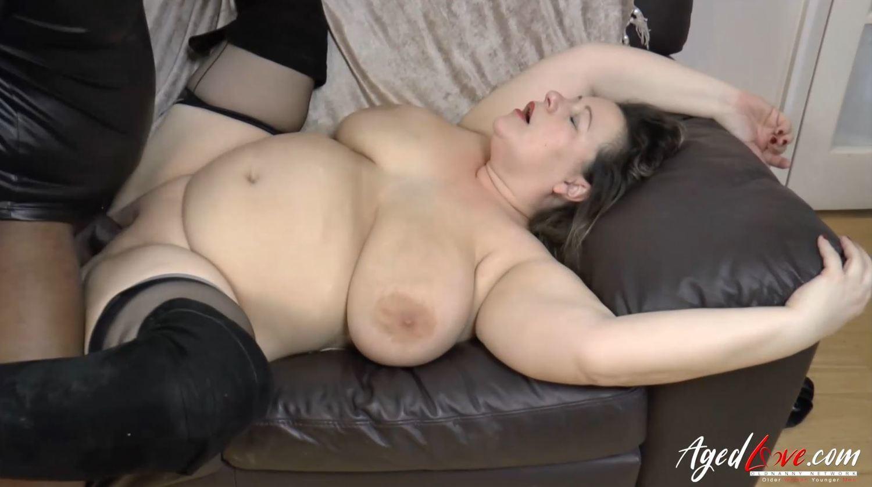 Mature Hardcore Porn