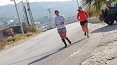2 joggers