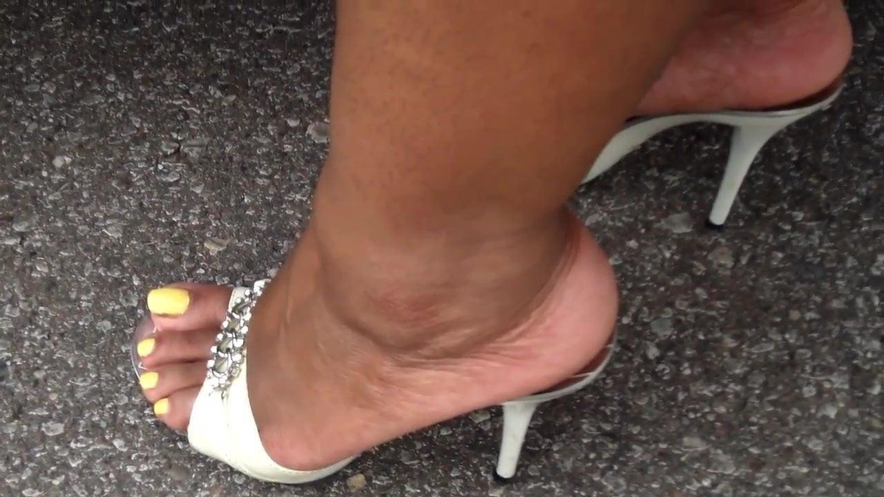 Bbw Ebony Feet In White Heels, Free Free Bbw Pornhub Hd Porn-1608