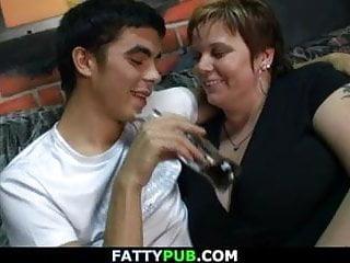 Download video bokep Massive tits fatty spreads legs for him Mp4 terbaru
