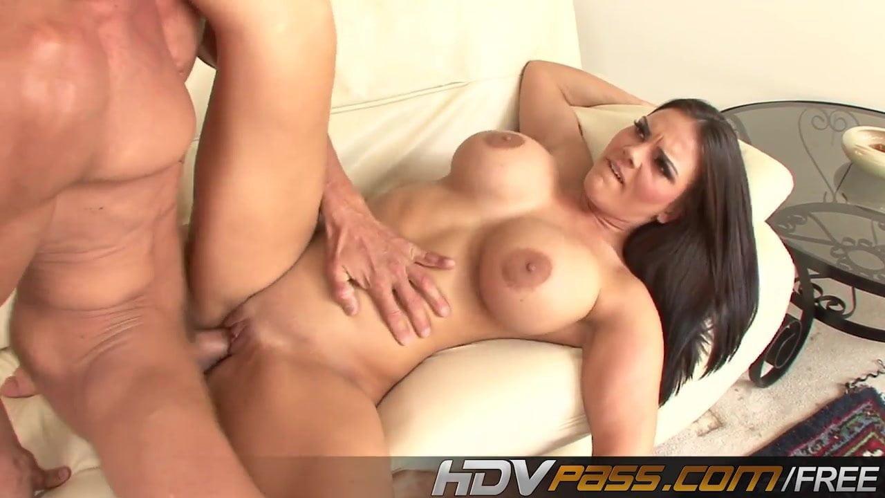 Tara reid naked vagina