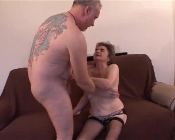 Free download & watch freddie visiting grandma rosie          porn movies
