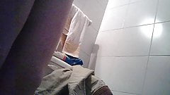 Spying my maid in the WC