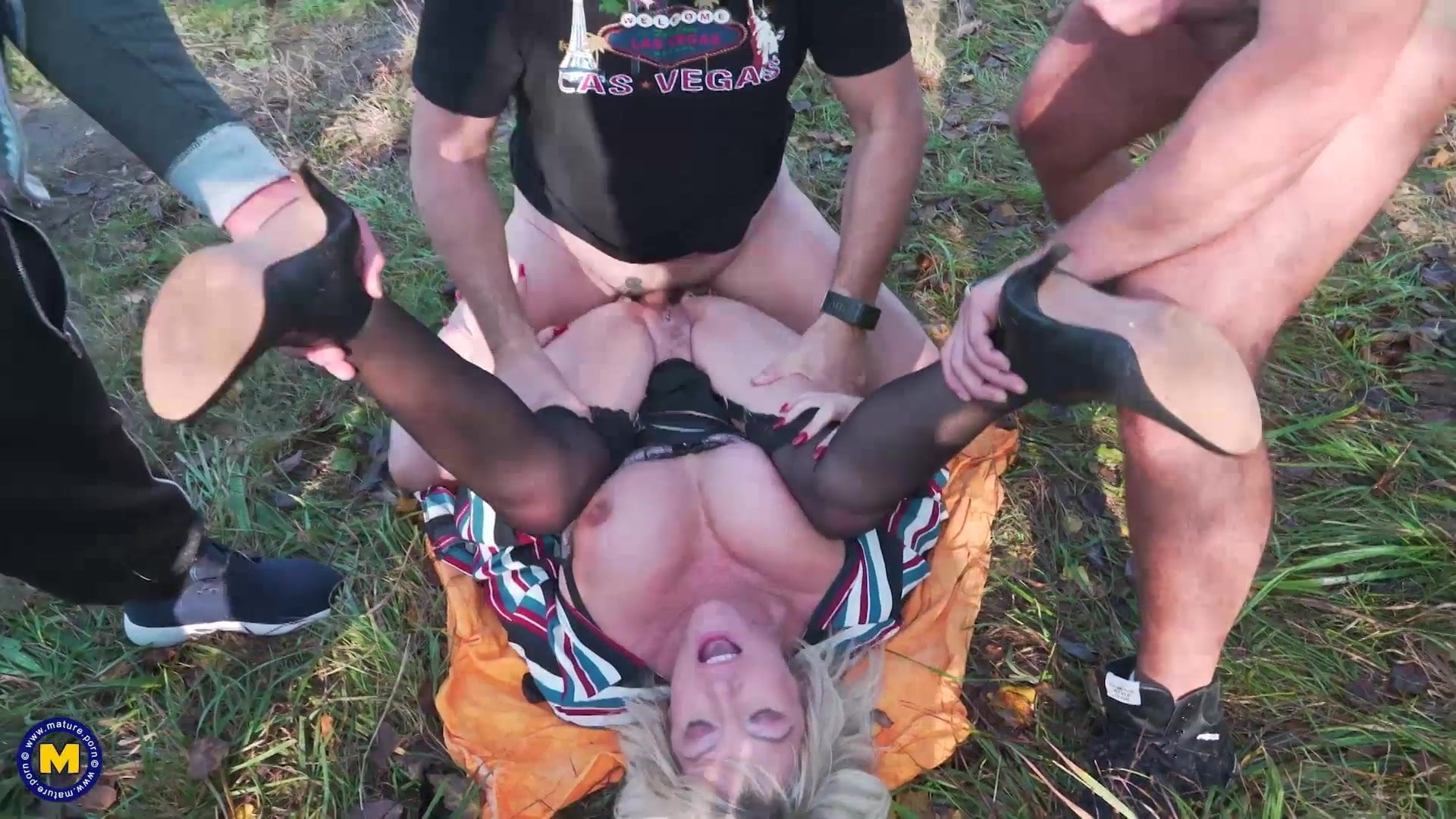 British mother gets interracial gangbang outdoor