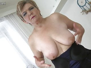 Sexy old granny playing with her old cunt