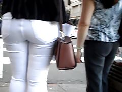BootyCruise: Downtown Hot-Ass Patrol - Mom And Daughter